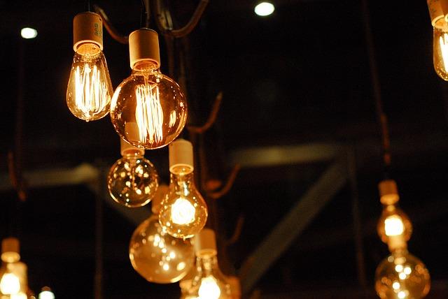 vysící žárovky